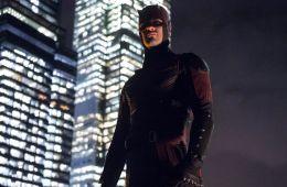 Против течения: Почему в Marvel нет единства