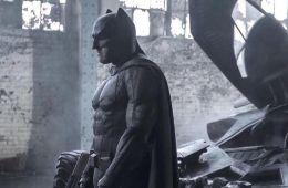 Этому городу нужен новый герой!. Как Мэтт Ривз новым «Бэтменом» изменит киновселенную DC и WB (Евгений Ухов, Film.ru)