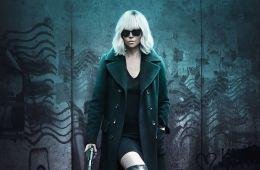 Не отступать, не сдаваться. Почему для Шарлиз Терон было очень важно сняться во «Взрывной блондинке» (Борис Иванов, Film.ru)