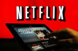Против течения: Netflix. Конец кинопроката: Netflix наносит пять смертельных ударов (Евгений Ухов, Film.ru)
