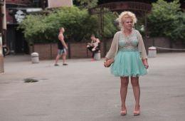 В защиту смеха. Почему стоит снимать романтические и фарсовые комедии вроде «Я худею» и «Ну, здравствуй, Оксана Соколова!» (Борис Иванов, Film.ru)