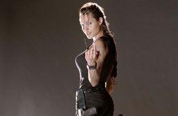 "They stole the chest !. Was it worth making the main character ""Tomb Raider: Lara Croft"" less sexy (Boris Ivanov, Film.ru)"