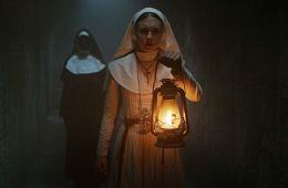 Беги, монахиня, беги. Рецензия на фильм «Проклятие монахини» (Ефим Гугнин, Film.ru)