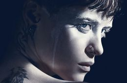 To the batcave!. Скандинавская Бэтгёрл, или «Девушка, которая застряла в паутине»: рецензия на фильм (Екатерина Карслиди, Film.ru)