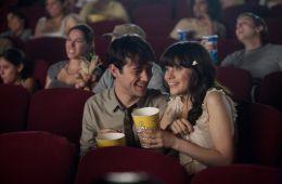В первых рядах. 6 простых способов сэкономить на билетах в кино или ходить на сеансы бесплатно (Екатерина Карслиди, Film.ru)