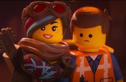 Слабоумие и (не)отвага. «Лего. Фильм-2»: Безумный сиквел на грани между гениальностью и глупостью (Ефим Гугнин, Film.ru)