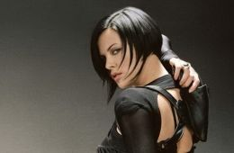 10 most sexy action heroines