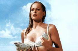 20 самых сексапильно одетых киногероинь