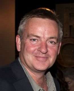 Майк Баркер