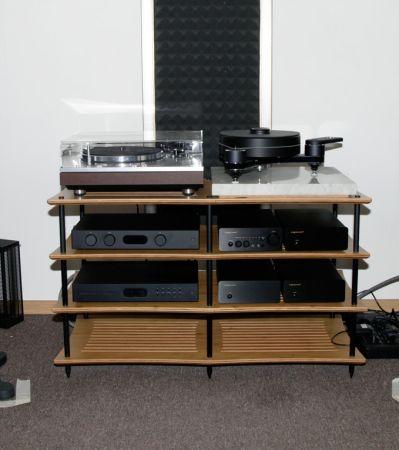 Сравниваем акустические системы B&W 705 S2 и B&W 704 S2