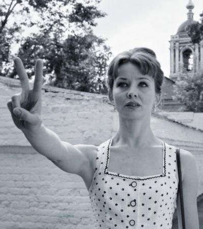 И в Летний сад гулять водил: Рецензия на фильм «Француз»