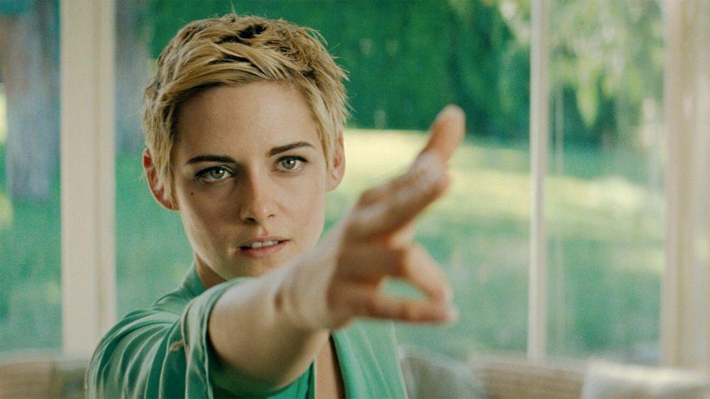 Гэбист не дремлет: Рецензия на фильм «Назло врагам» с Кристен Стюарт в роли Джин Сиберг