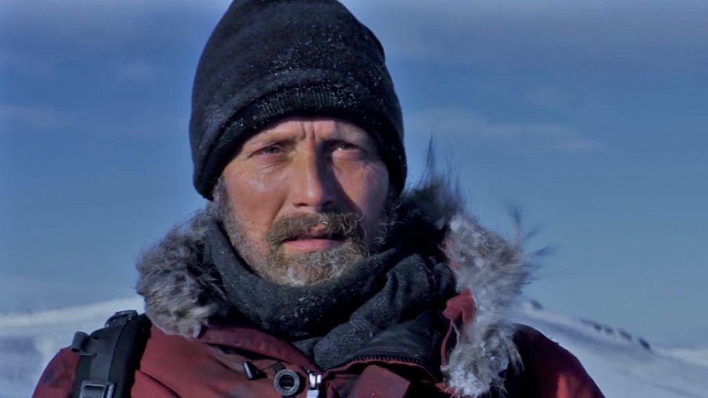 Мадс Миккельсен на постере триллера «Затерянные во льдах»