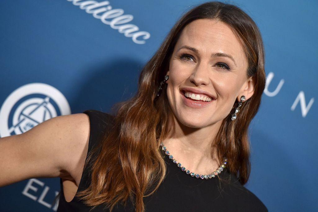 Jennifer Garner to star in Netflix