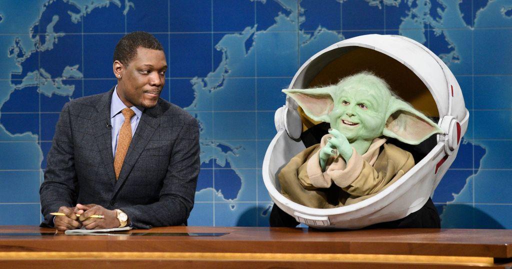Видео: Малыш Йода угрожает малышу Груту