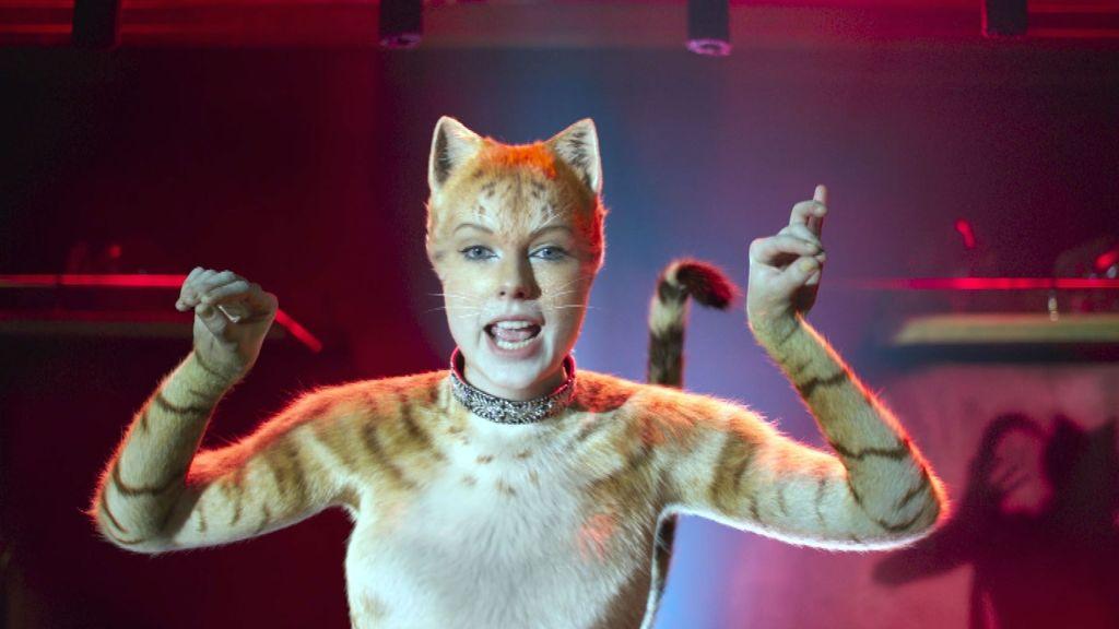 Тейлор Свифт сказала, что ей понравилась «странность» съемок в «Кошках»