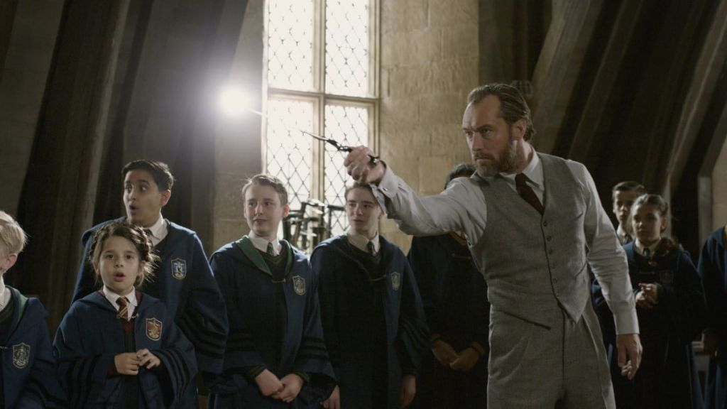 """Filming of """"Fantastic Beasts 3"""" suspended due to Covid-19 at the site"""