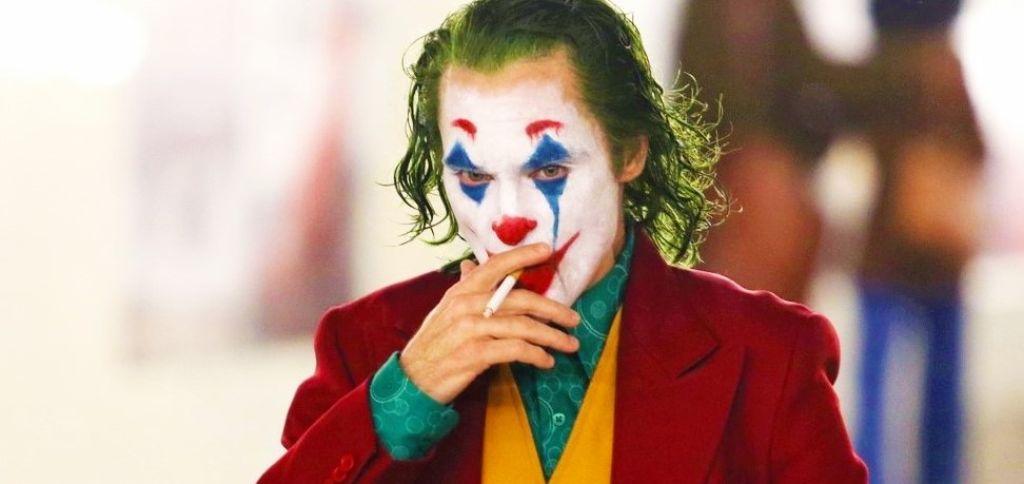 Хоакин Феникс на финальных фото со съёмок «Джокера»
