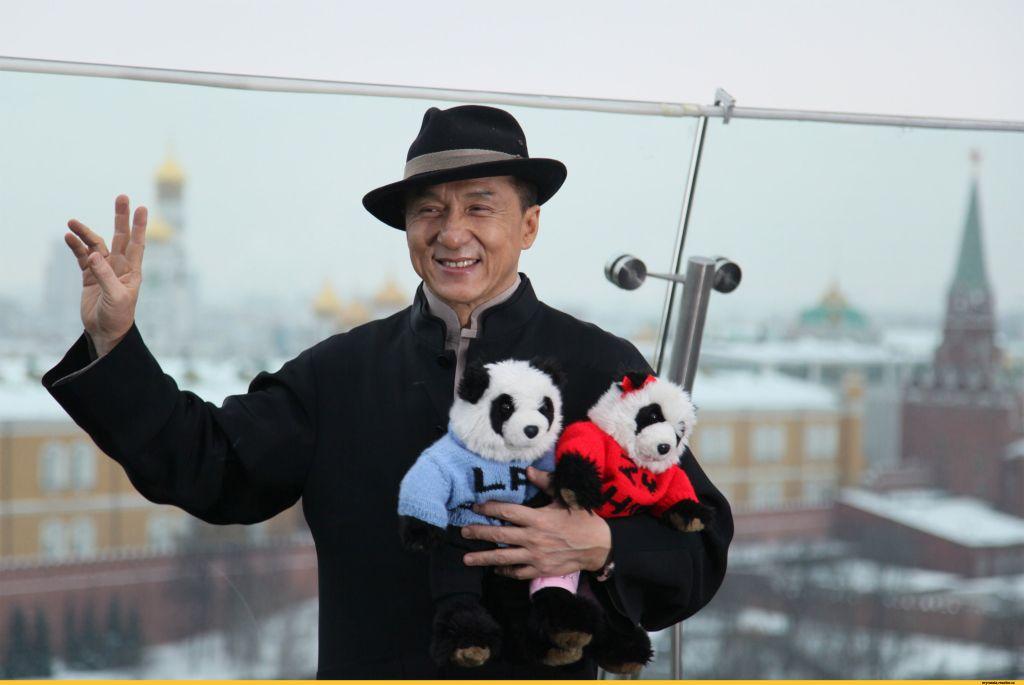 Джеки Чан отменил свой приезд в Россию
