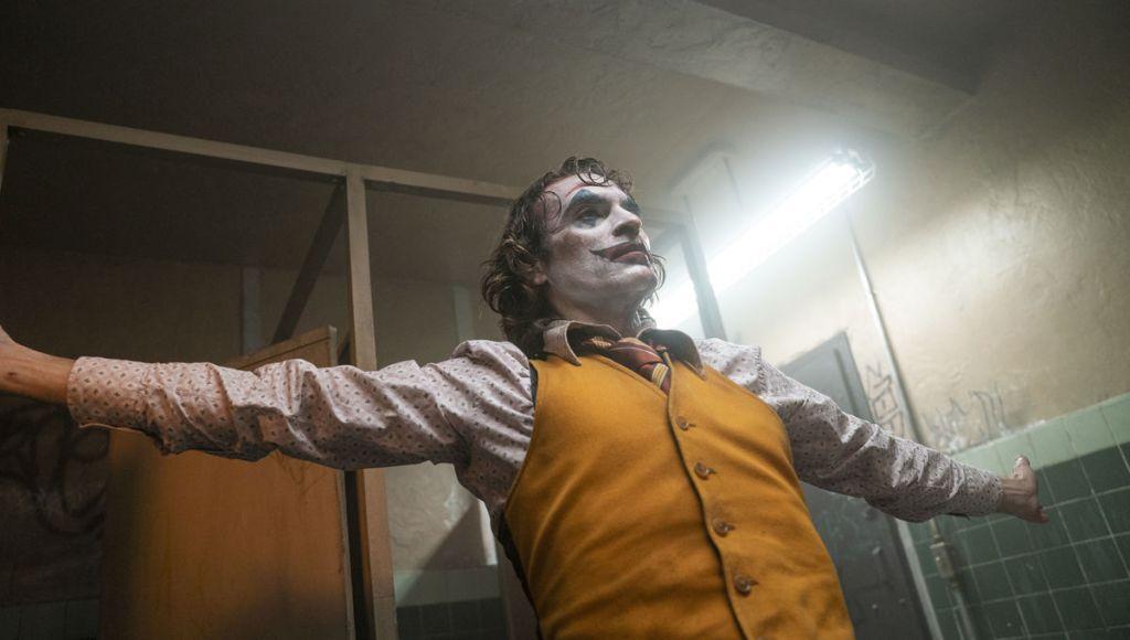 Хоакин Феникс устроил сюрприз зрителям «Джокера»