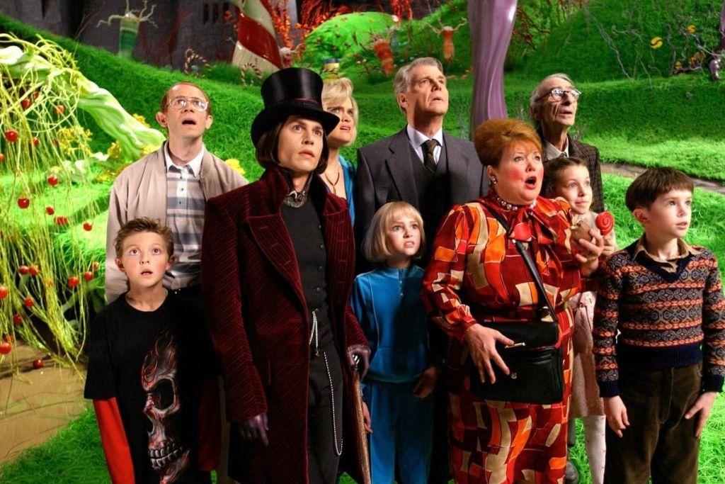 Сказка про малышей-плохишей и сладкую смерть: рецензия на фильм «Чарли и шоколадная фабрика»