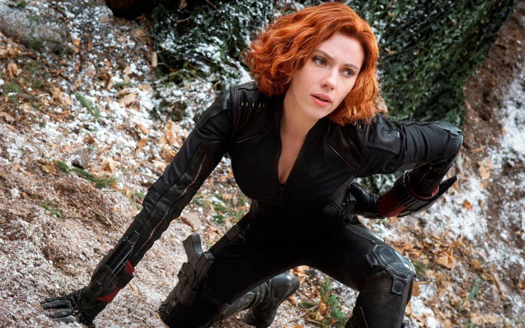 Скарлетт Йоханссон поддержала идею фильма о супергероинях Marvel
