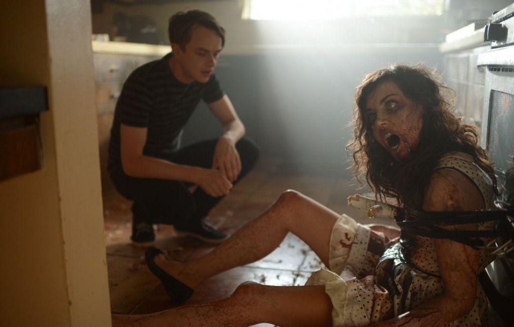 Фильм сексуальные девушки и зомби