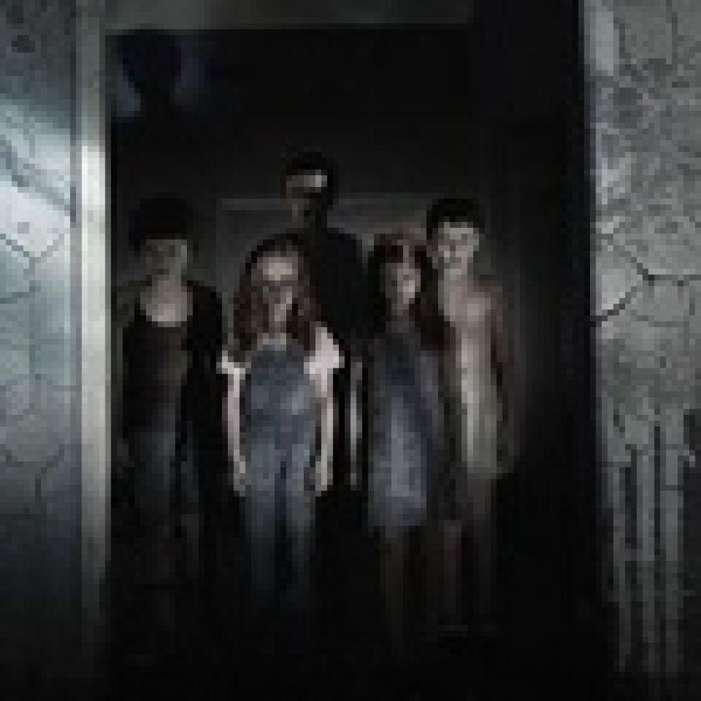 """Одной строкой: первые промо второго сезона """"Американской истории ужасов"""", испанский постер мистического хоррора """"Синистер"""", подробности сюжета """"Мотеля Бейтса"""""""