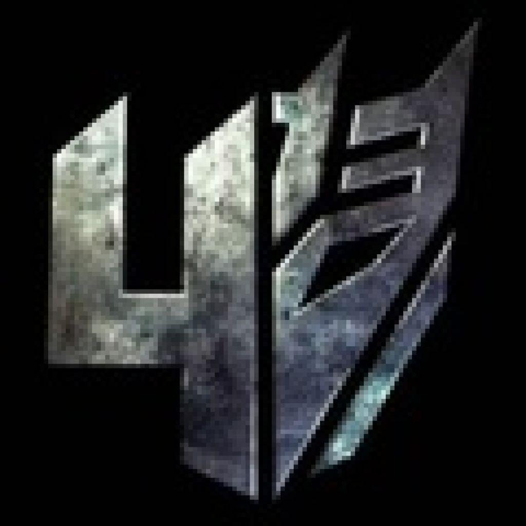 Одновременно режиссер обнародовал официальный логотип фильма