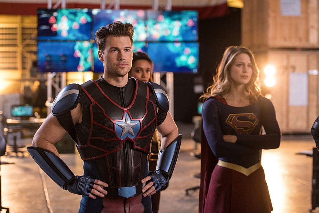 Свежие кадры из кроссовера сериалов The CW и DC