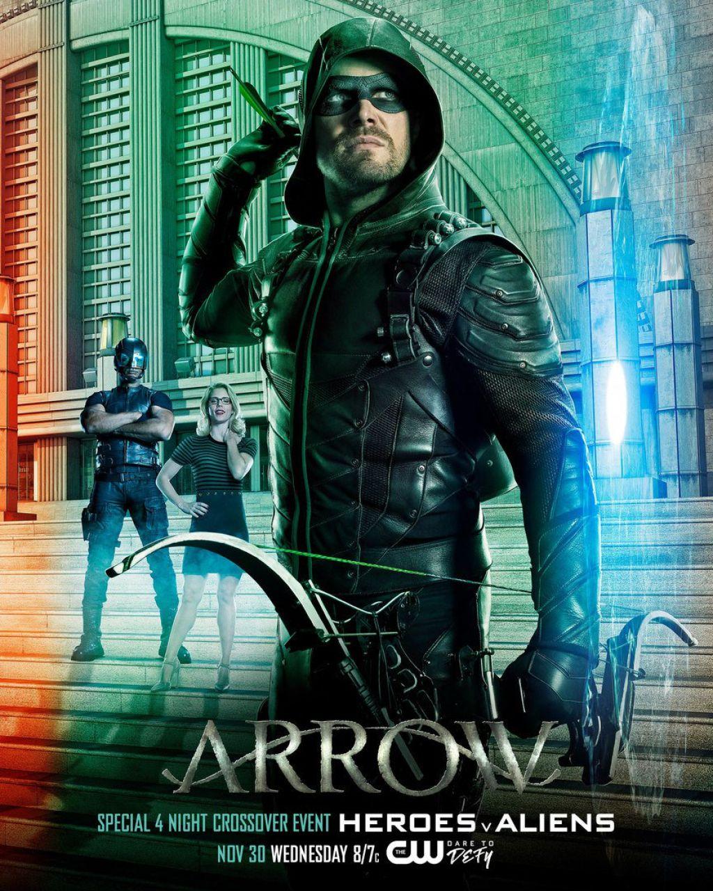 Новый трейлер кроссовера сериалов DC и The CW