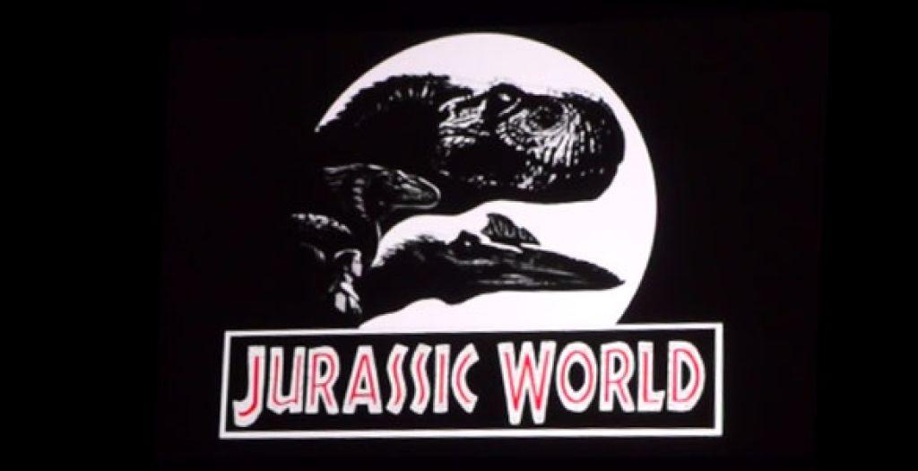 В сеть попали фотографии парка динозавров, который Колин Треворроу и Стивен Спилберг выстроят для героев четвертой части
