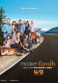 """Постер 12 из 16 из фильма """"Американская семейка"""" /Modern Family/ (2009)"""