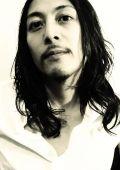 Тацузиро Ото