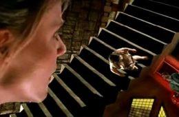 Толкование сновидений по Фредди Крюгеру. Сонник и путеводитель по «Кошмарам на улице Вязов» (Елена Тихонова)