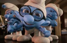 Мультфильм про маленьких человечков, околдованных голубой луной. Рецензия на фильм «Смурфики» (Павел Прядкин, Empire)