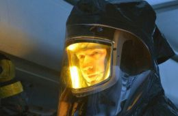 И червяки кровавые в глазах. Рецензия на пилотный эпизод сериала «Штамм» (Борис Хохлов, Film.ru)