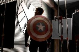 """Captain Nontevidentity. On the set of the film """"The First Avenger: Another War"""" (Adam Smith, Empire)"""