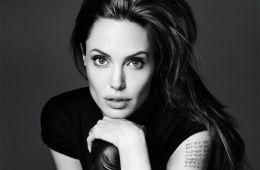 Отказники: Анджелина Джоли