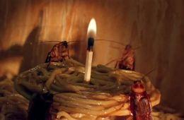 Квартирка Джо. Видеозал 90-х (Борис Хохлов, Film.ru)