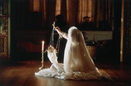 Незваные гости. Место действия: Дом с привидениями (Евгений Ухов, Film.ru)