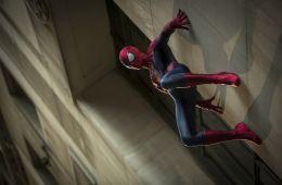 Поэмы без героев. «Новый Человек-паук: Высокое напряжение» против вселенной Marvel (Борис Иванов, Film.ru)