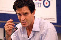 Фоторепортаж: ММКФ-2004: Пресс-конференция Руперта Эверетта