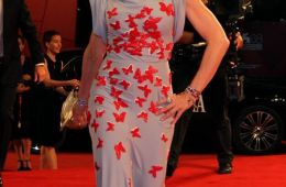"""Фоторепортаж: Мадонна представила фильм """"МЫ. Верим в любовь"""". 68-й Венецианский кинофестиваль"""