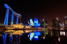 Фоторепортаж: Затерянная деревня смурфиков в Сингапуре