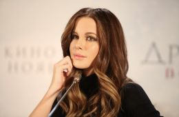 """Photo-report: Kate Beckinsale presented the film """"Another World: Blood Wars"""" in Moscow"""