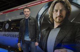 Фоторепортаж: В Лондоне запустили поезд «Люди Икс»