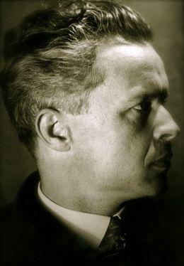 Александр Довженко