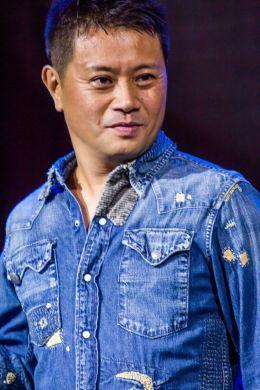 Мицуо Ивата