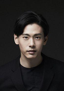 Тео Ю